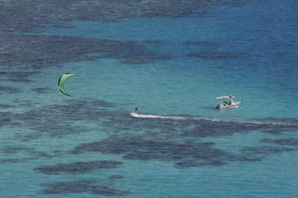 snapper island kitesurfing four mile beach great barrier reef port douglas