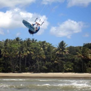 kitesurfing cairns port douglas four mile beach great barrier reef