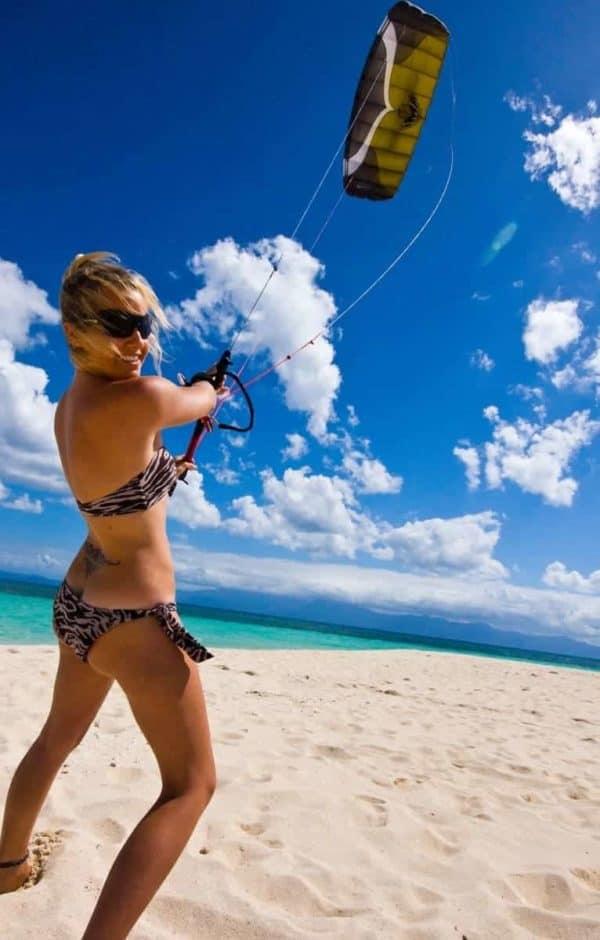 kitesurfing port douglas four mile beach low isles snapper island downwinders