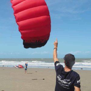 Windswell-kitesurfing-Port-Douglas-Intro-Kite-Lesson-9