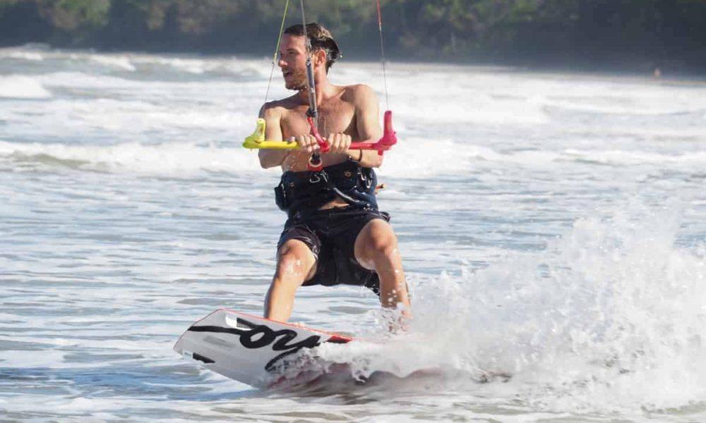 Windswell-kitesurfing-Port-Douglas-learn-to-kitesurf-lessons-7